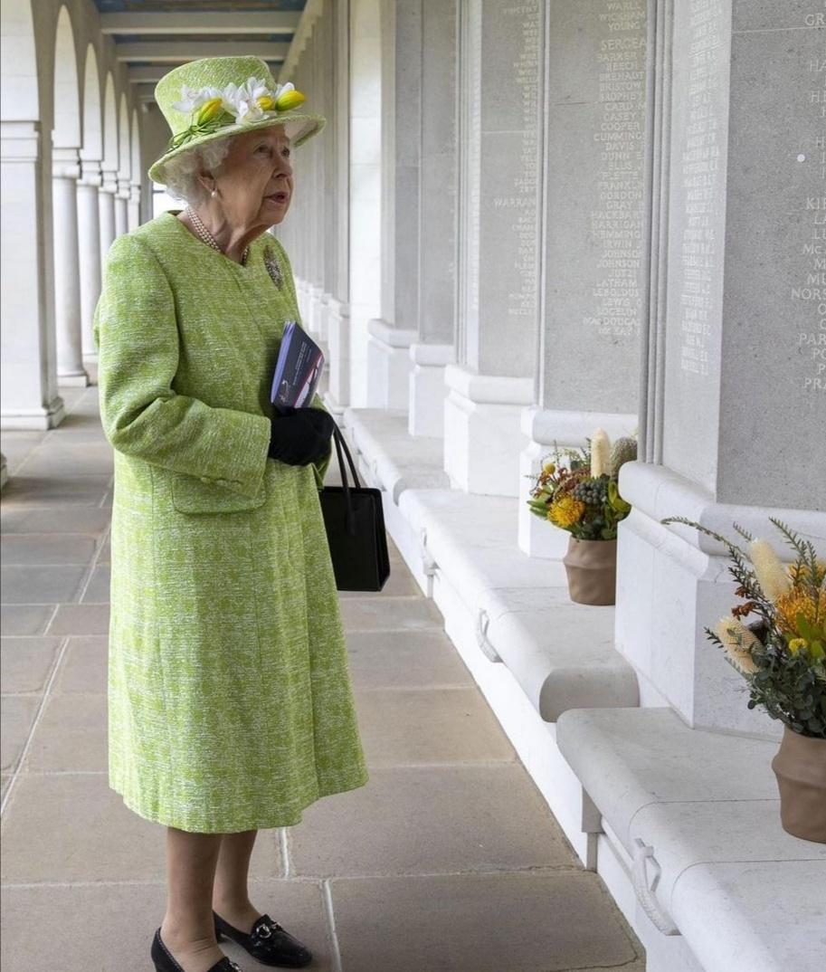 الملكة إليزابيث- الصورة من حساب The royal family عل إنستجرام-