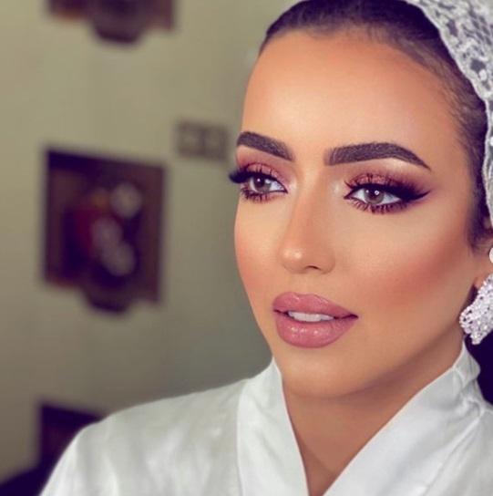 مكياج عروس سموكي وردي- الصورة من إنستجرام - صفحة خبيرة التجميل دعاء العميري