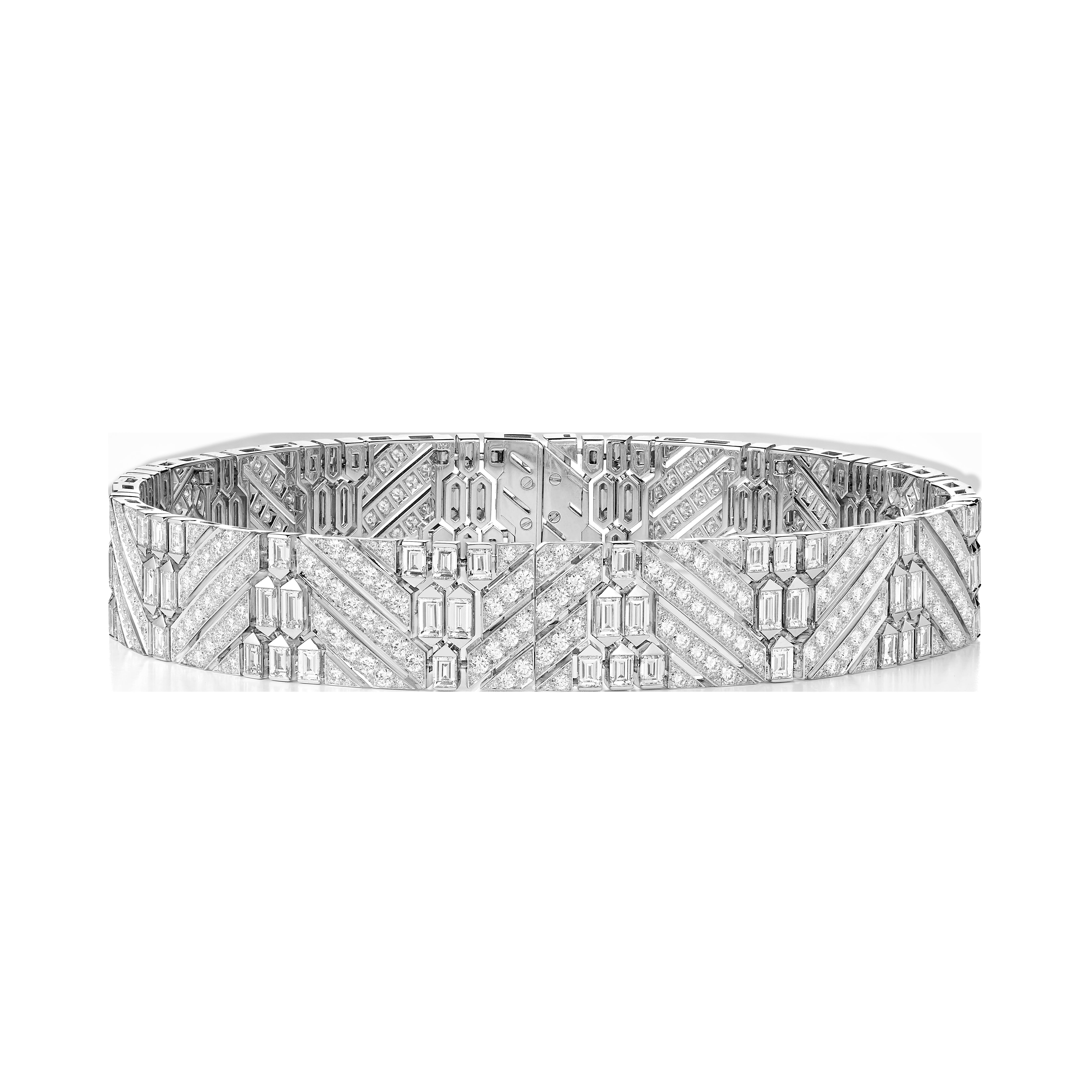 عقد تشوكر Ruban Diamants chocker من بوشرون Boucheron
