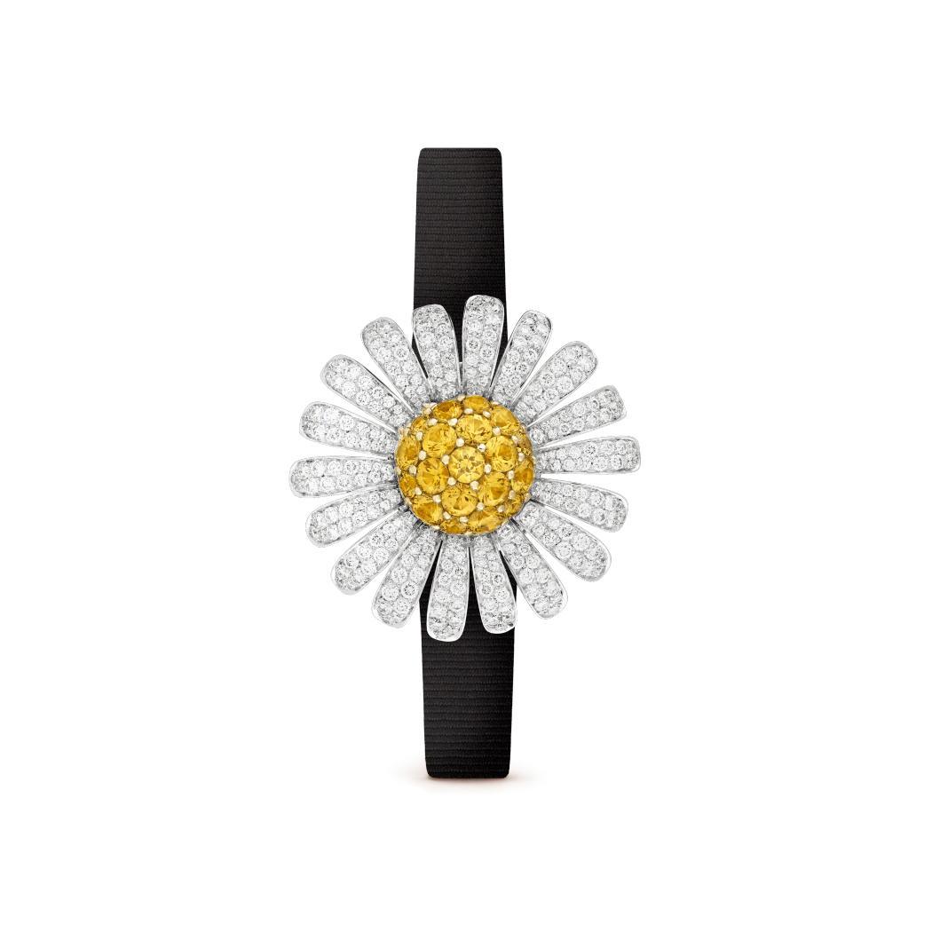 ساعة سرية مارغريت سوكريت من فان كليف آند آربلز Van Cleef & Arpels