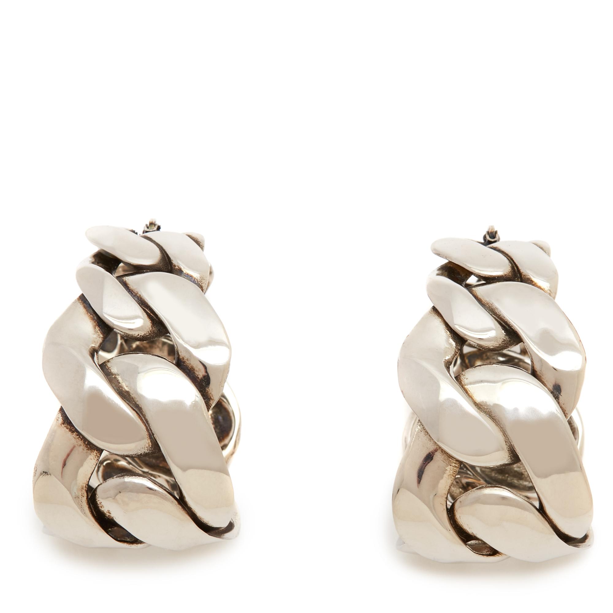 أقراط بتصميم سلسلة Chain من اليكساندر ماكوين Alexande McQueen