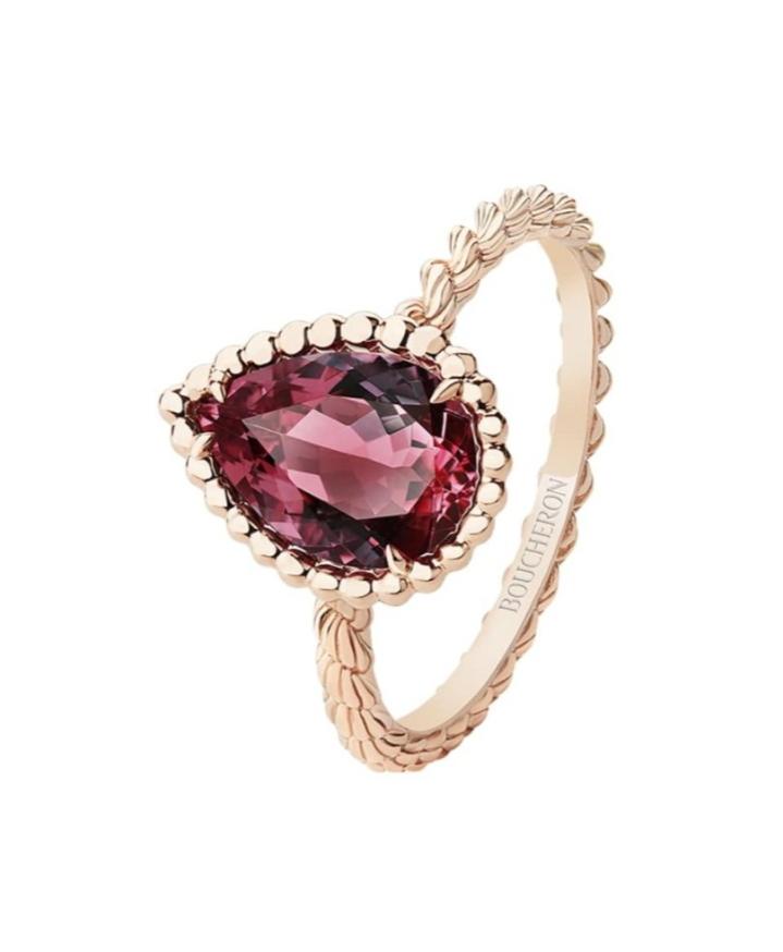 خاتم ساحر من الذهب الوردي وعقيق الرودوليت من ماركة بوشرون Boucheron