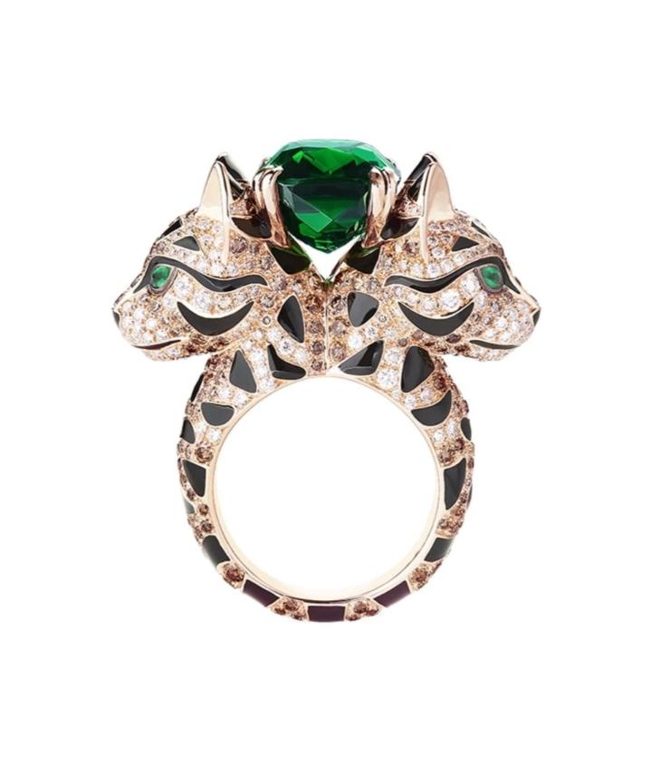 خاتم جذاب بالزمرد من علامة بوشرون Boucheron لعيد الاضحى ٢٠٢١