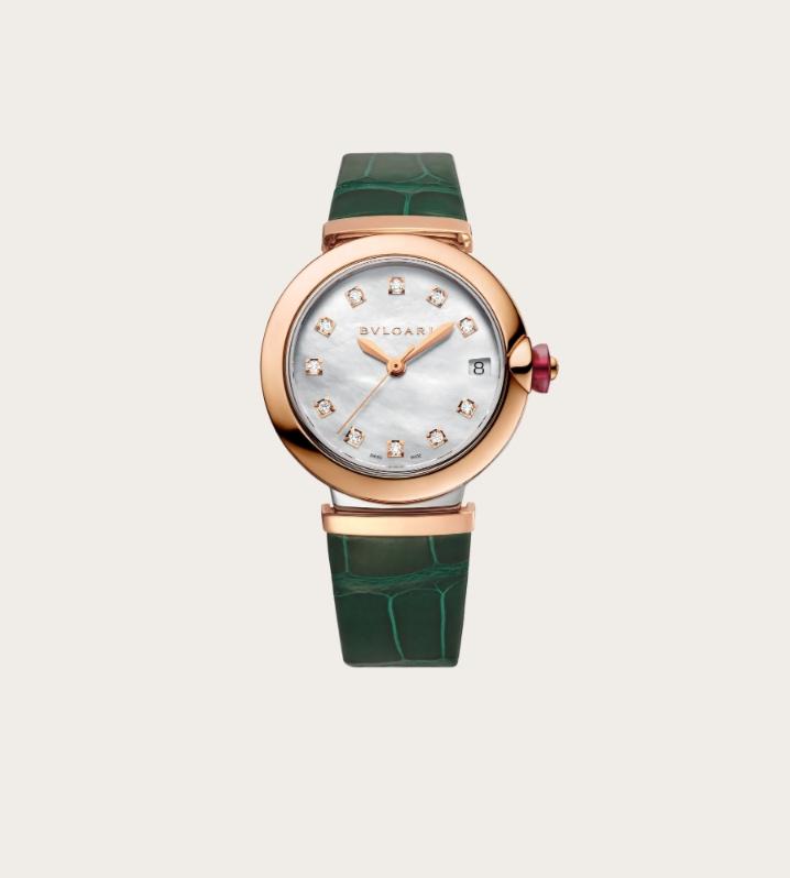 ساعة LVCEA باللون الأخضر من دار بولغري Bvlgari