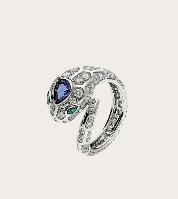 خاتم فخم بالياقوت الأزرق من دار بولغري Bvlgari