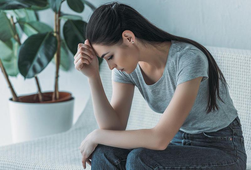 الأشخاص الذين يعانون من تقلبات المزاج أكثر عرضة لكورونا