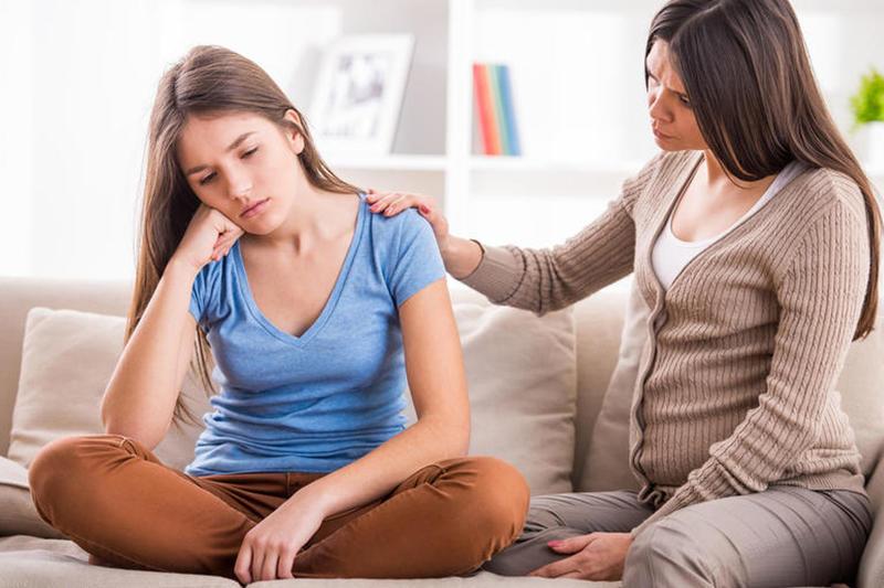 الشعور بالتوتر والخوف من أعراض الاضطرابات النفسية