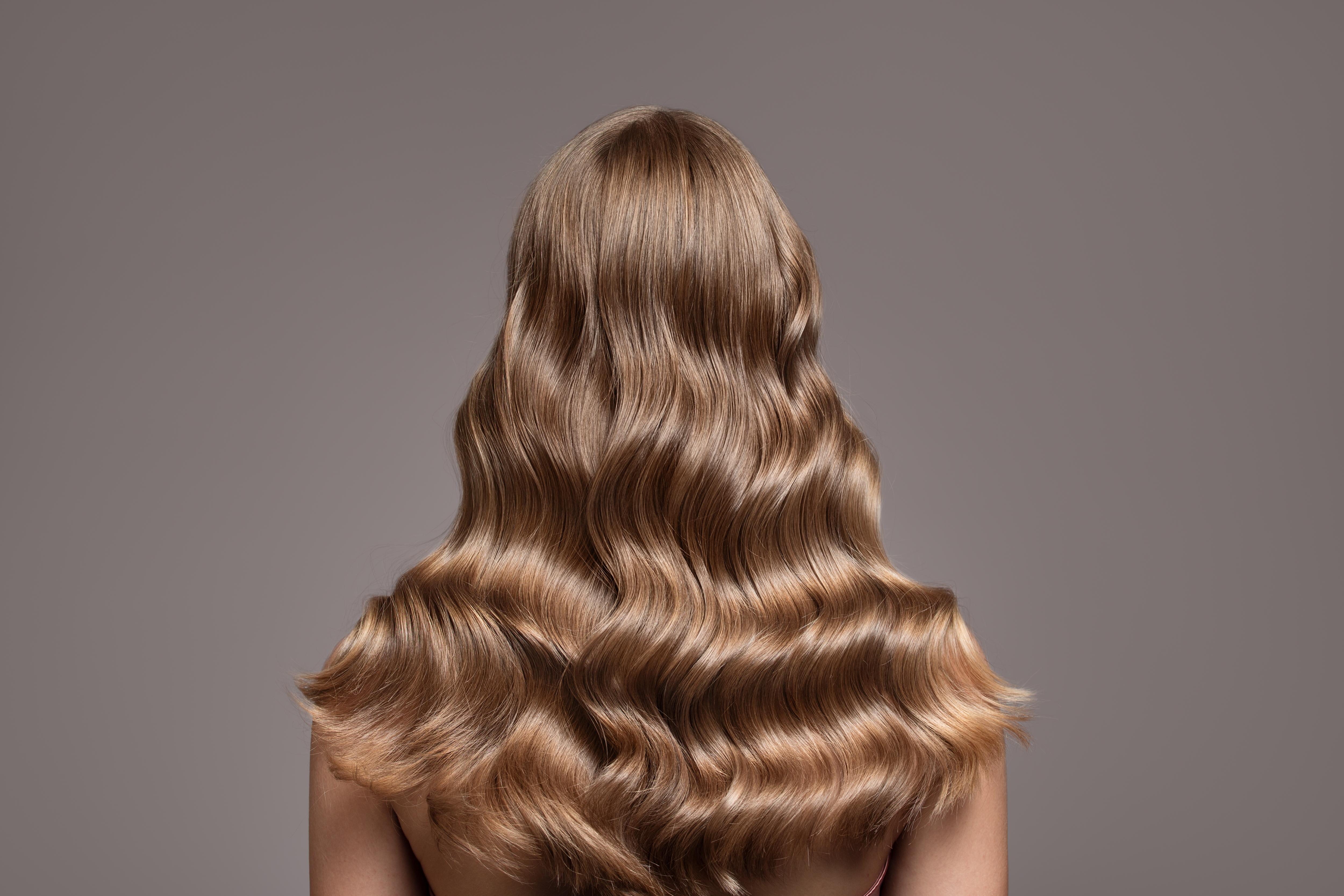 قصات شعر طويل