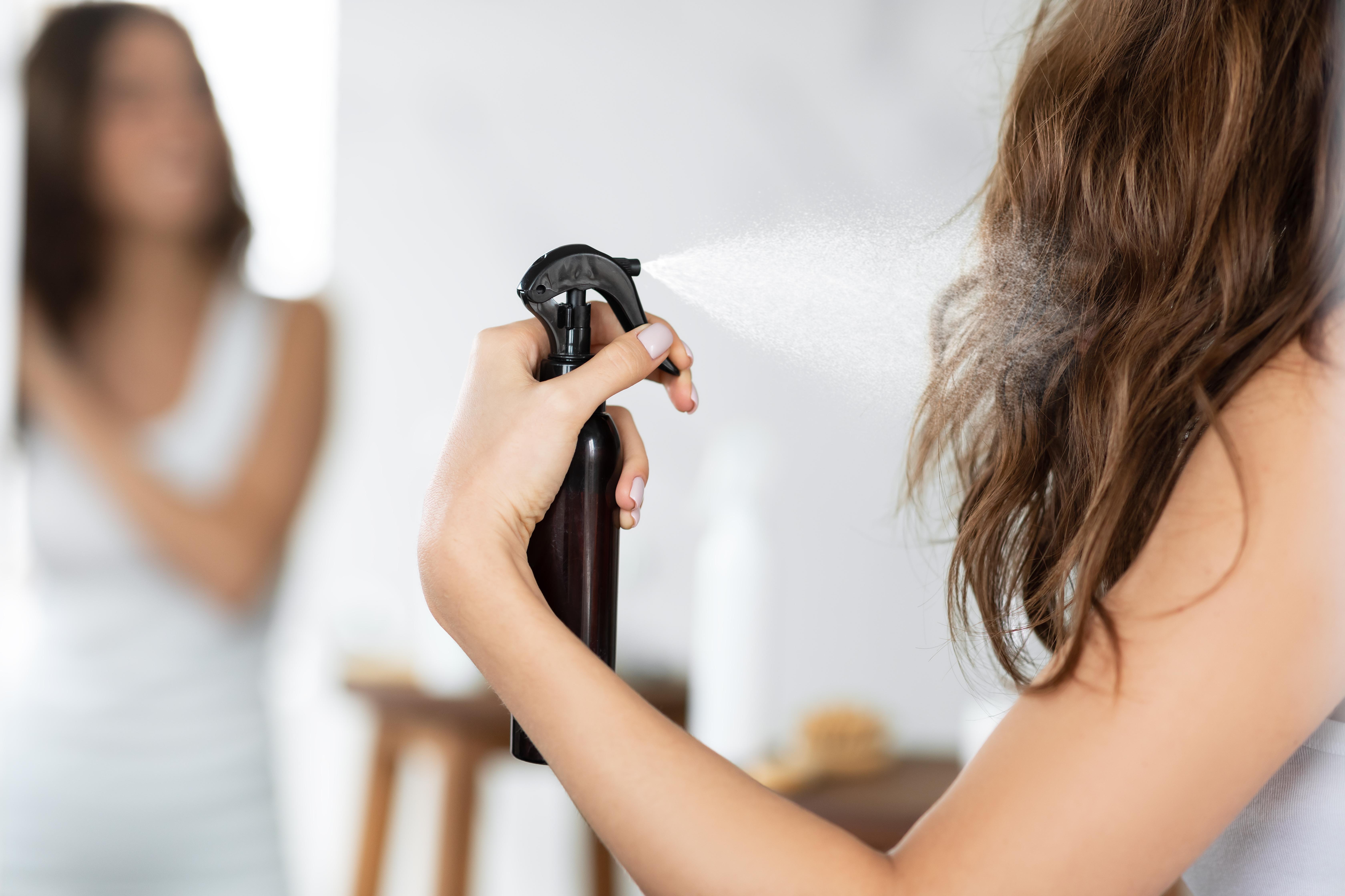 اضرار بخاخ تلوين الشعر