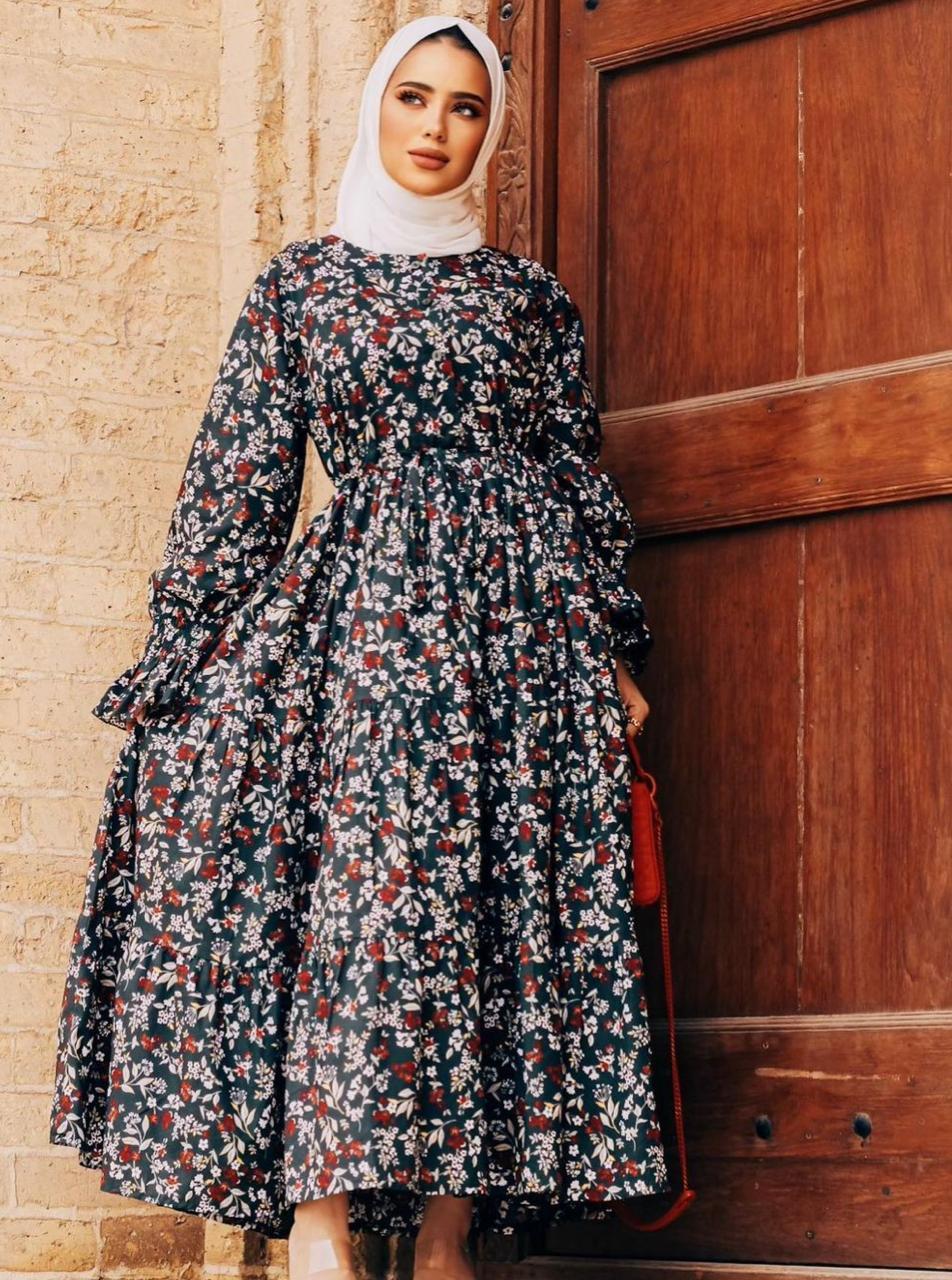 سارة الدهيم بفساتين يومية