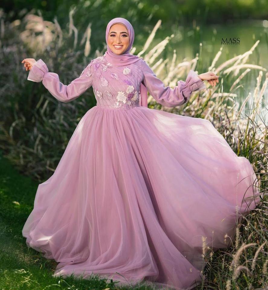 6 اسراء مصطفى بفستان سهرة يخفي البطن -الصورة من حسابها على الانستغرام