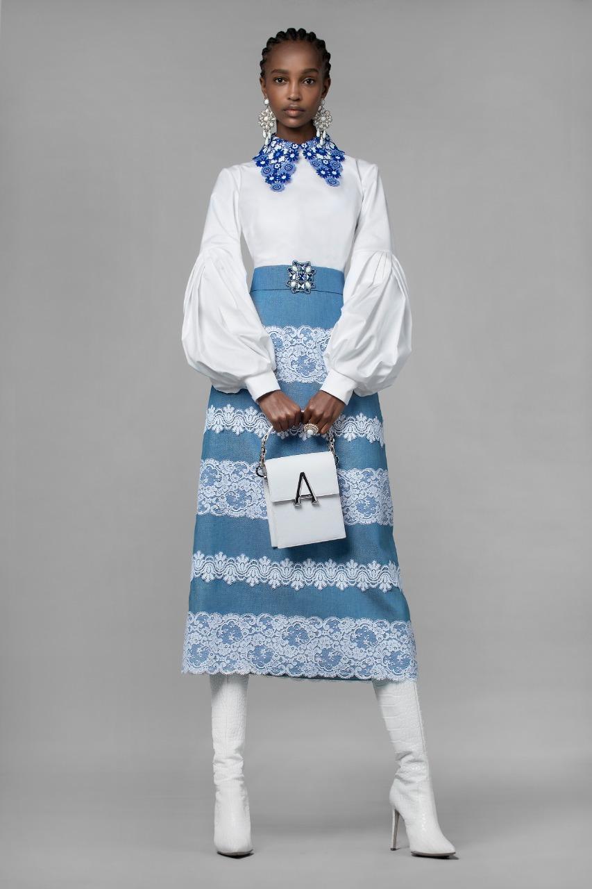 Andrew GN تنورة زرقاء طويلة