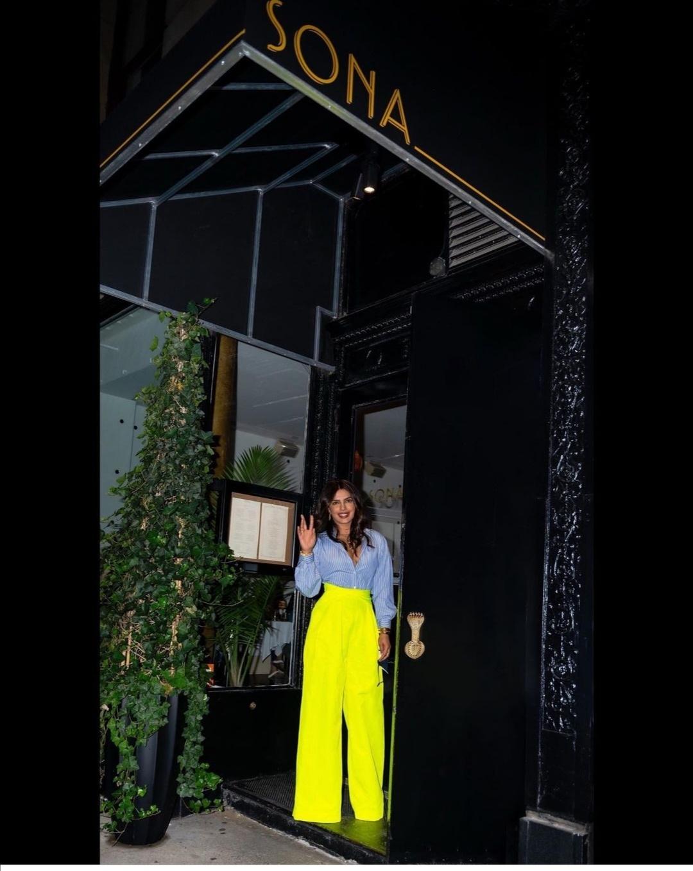 بريانكا شوبرا في مطعمها سونا- الصورة من حساب بريانكا شوبرا على إنستقرام