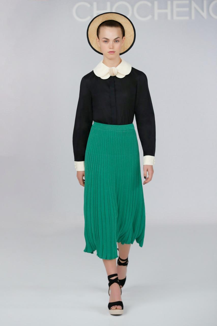 تنورة بليسيه طويلة باللون الأخضر من Chocheng