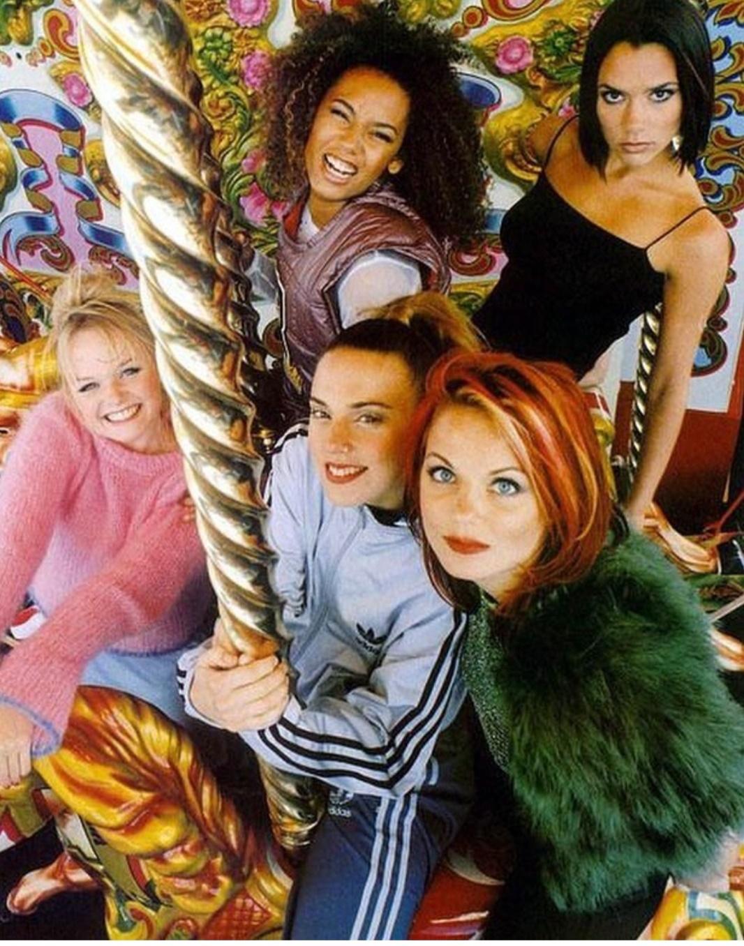 فرقة Spice Girls - الصورة من حساب Spice Girls على إنستغرام