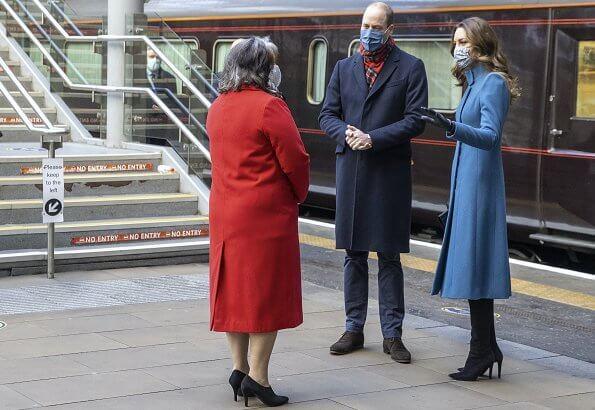 كيت وويليام في رحلة القطار الملكي- الصورة من موقع New my royals