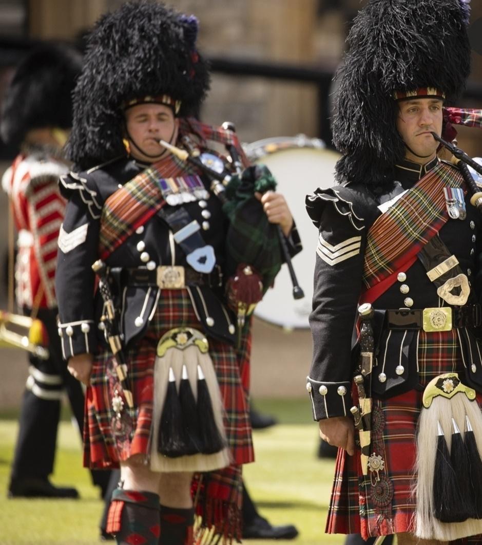 الفرق الموسيقية في الحفل- الصورة من حساب The royal family  على إنستغرام