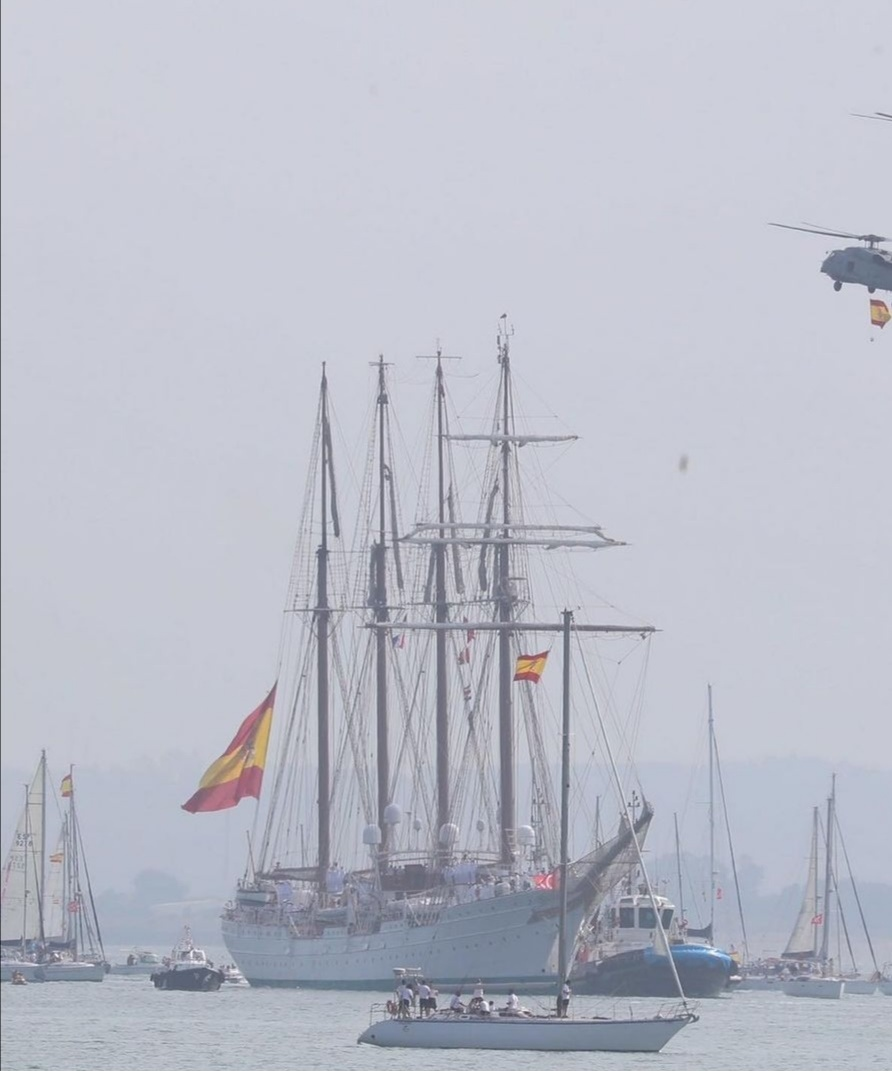 الإحتفالات بعودة السفينة إسكويلا- الصورة من حساب الملك فيليب على إنستغرام