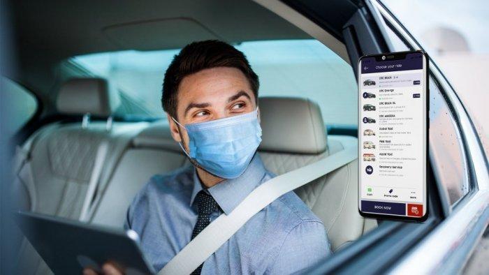 استخدام تطبيق تاكسي دبي