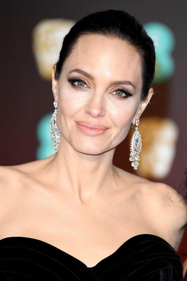 النجمة أنجلينا جولي- الصورة من موقع ميرور