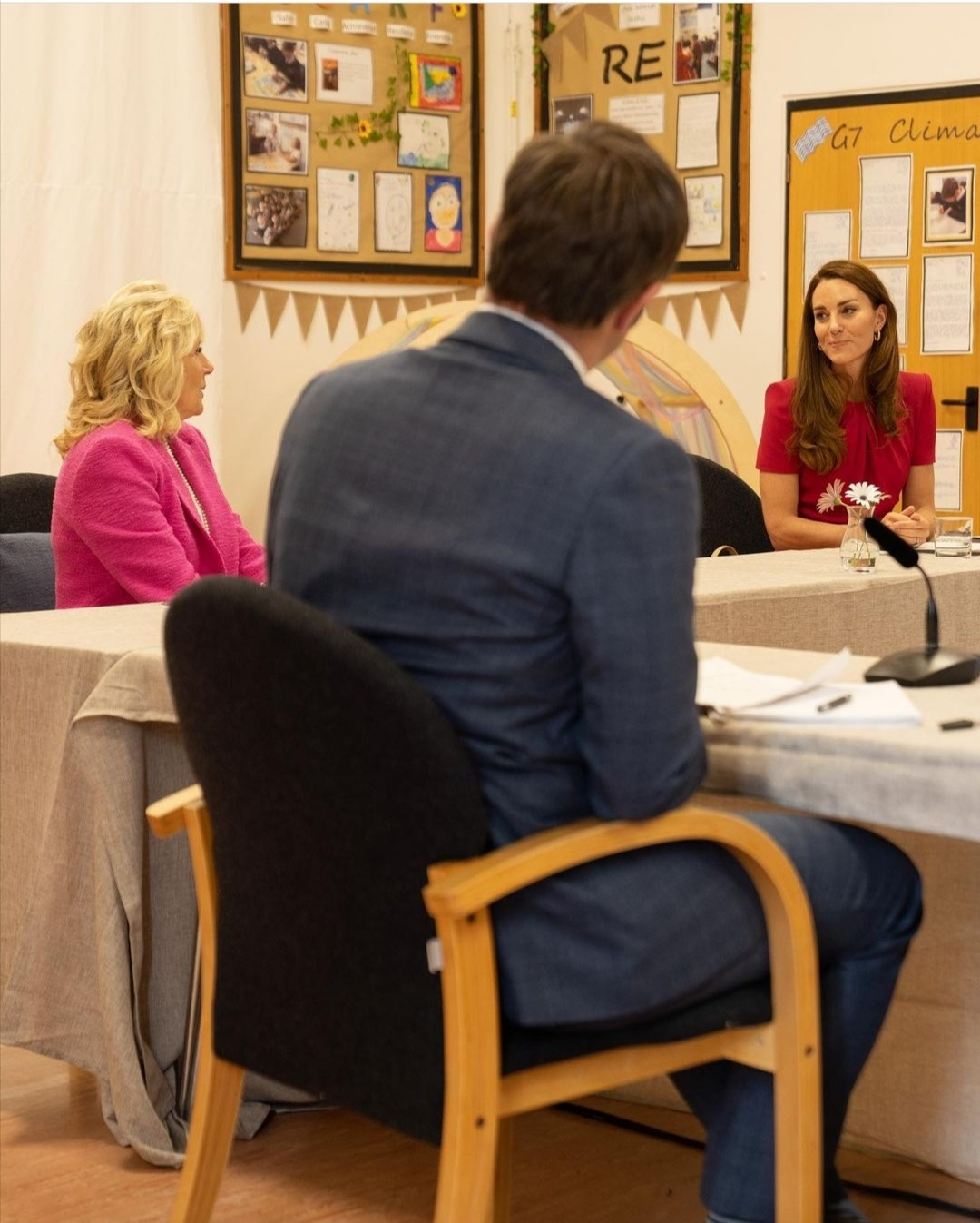 زيارة كيت ميدلتون وجيل بايدن لمدرسة كونور داونز الابتدائية- الصورة من حساب دوق ودوقة كامبريدج على إنستغرام