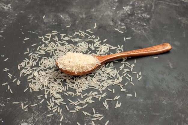 ماء الأرز لتعزيز شباب بشرة العروس