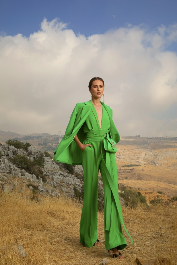 بدلة نسائية خضراء من إيلي صعب Elie Saab -صورة 1