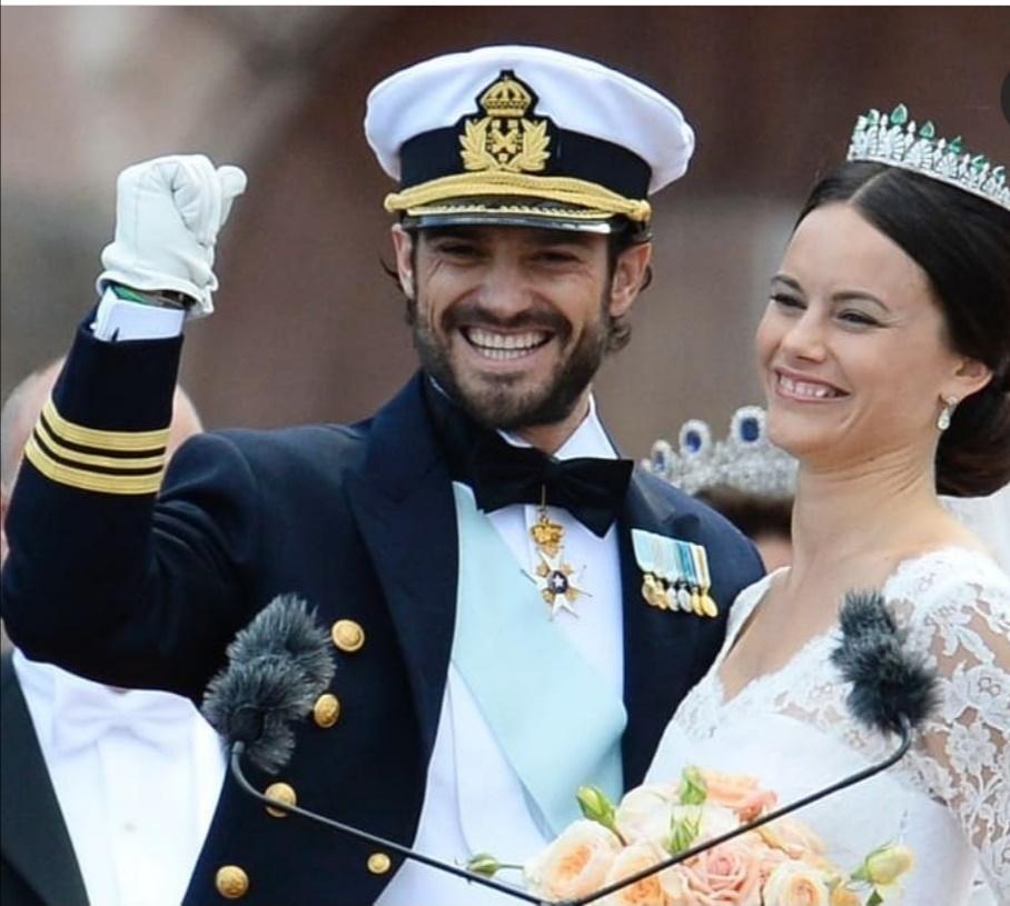 الأمير كارل فيليب والأميرة صوفيا يرحبان بالجمهور- الصورة من حساب الأمير كارل فيليب على إنستغرام
