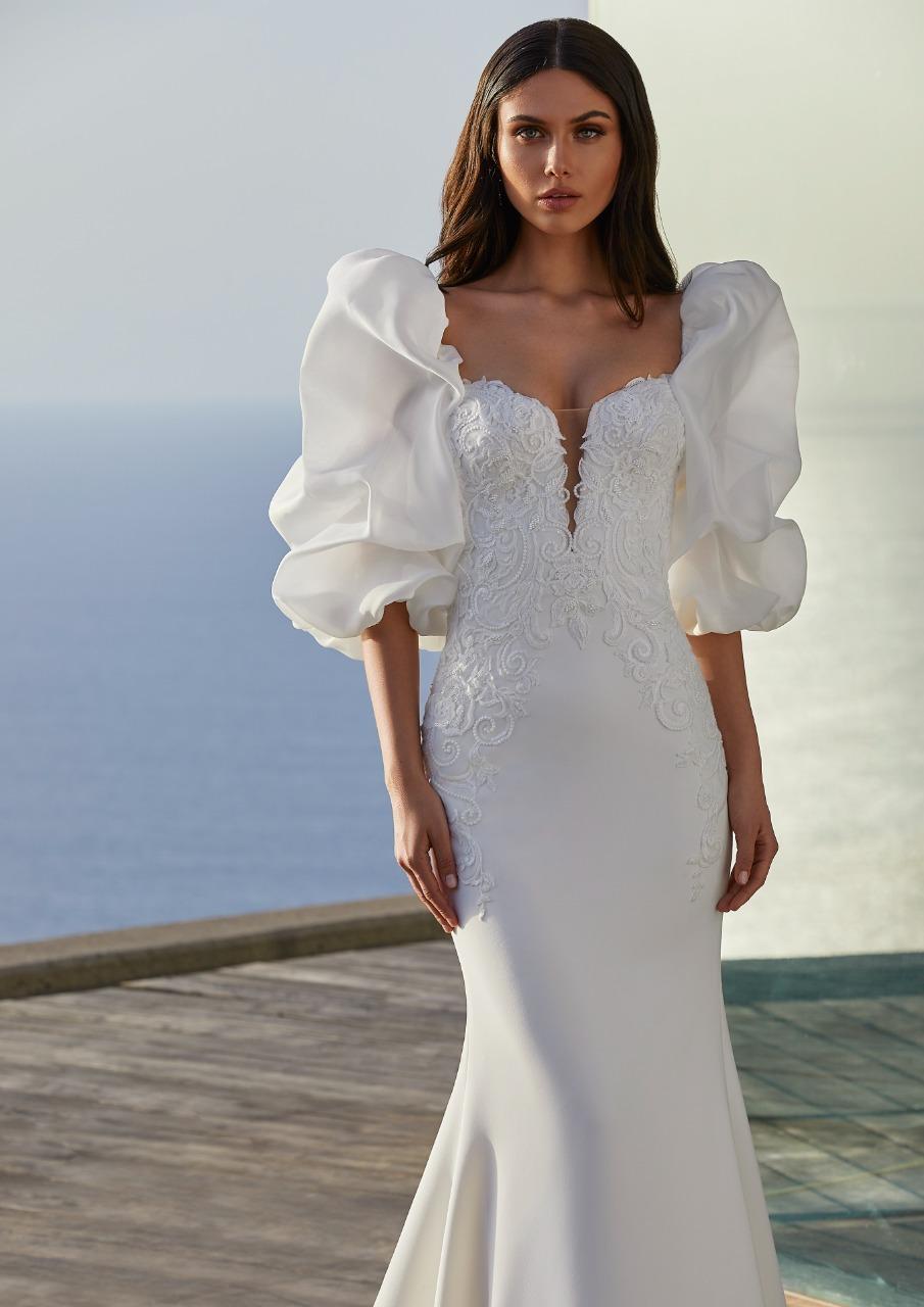 Pronovias صورة ٤ فستان زفاف بأكمام منفوخة من