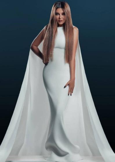 سميرة سعيد بفستان أبيض من تصميم توفيق الحسن