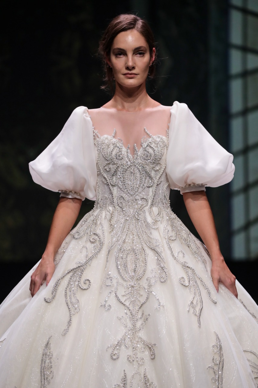 The Atelierصورة ٢ فستان زفاف بأكمام منفوخة من