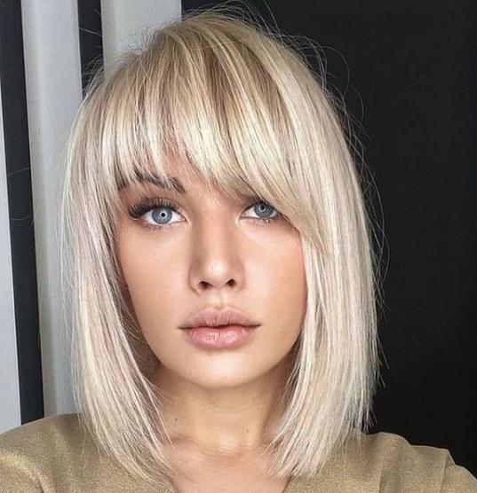 تسريحة شعر قصير مع غرة قصيرة- صورة 1- الصورة من صفحة Hair Style Zone على إنستجرام