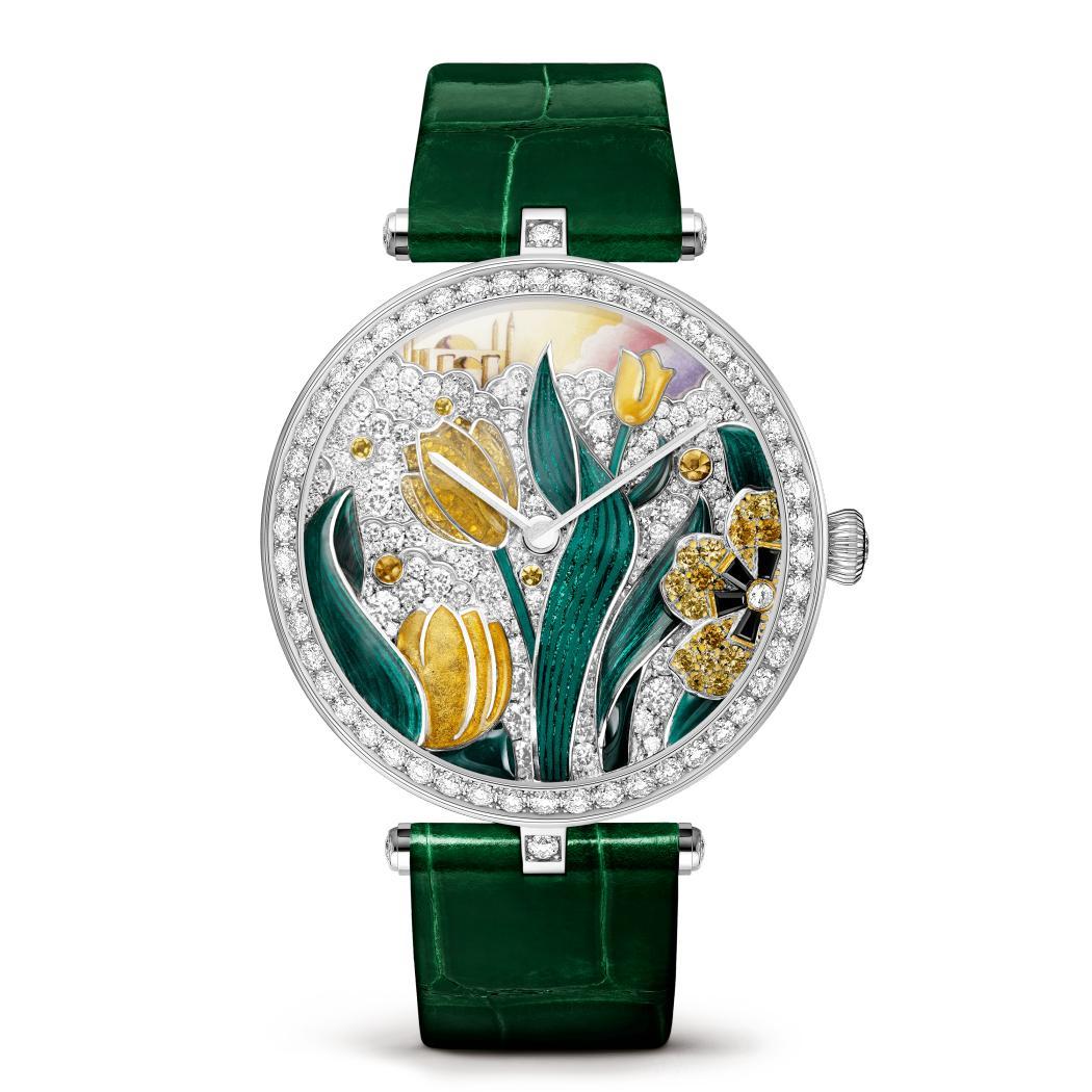 ساعة لايدي آربلز بووام توليب من دار فان كليف أند آربلز Van Cleef & Arpels