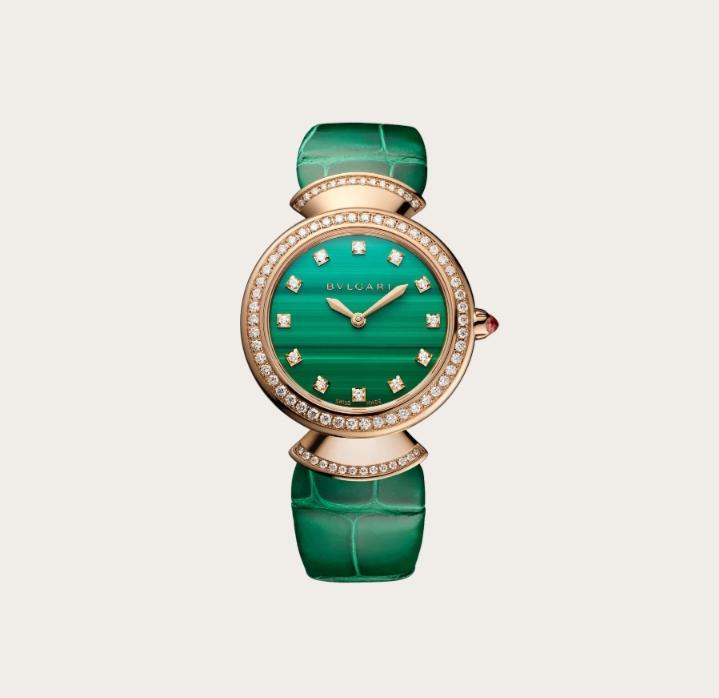 """ساعة يد ناعمة بدرجات اللون الأخضر من ماركة بولغري """"Bvlgari"""""""