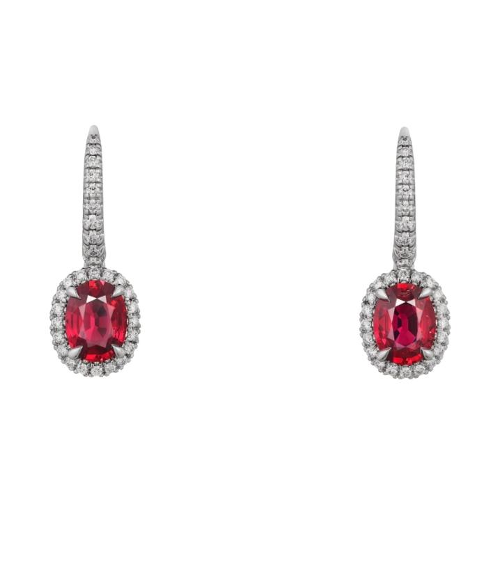 أقراط باللون الأحمر من كارتييه «Cartier» أجمل مجوهرات العروس