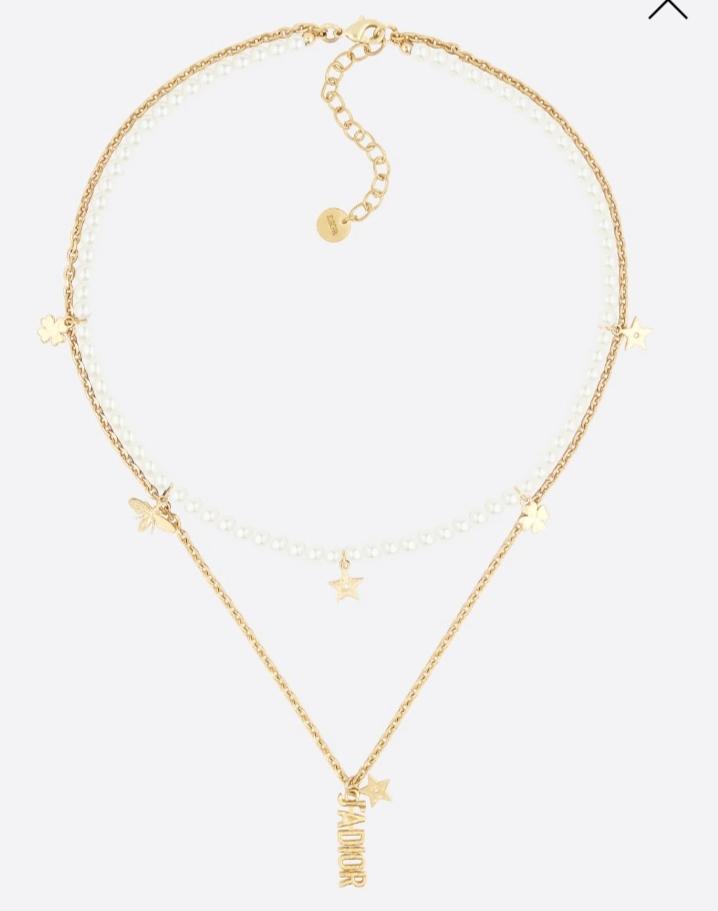 عقد طويل بالذهب واللؤلؤ من دار ديور «Dior»