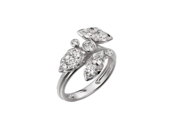 خاتم ذهب أبيض مرصع بالألماس من كارتييه Cartier
