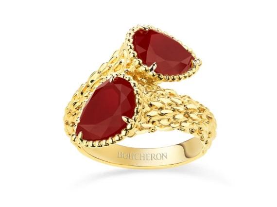 خاتم من الذهب الأصفر والكارنيليان من بوشرون Boucheron