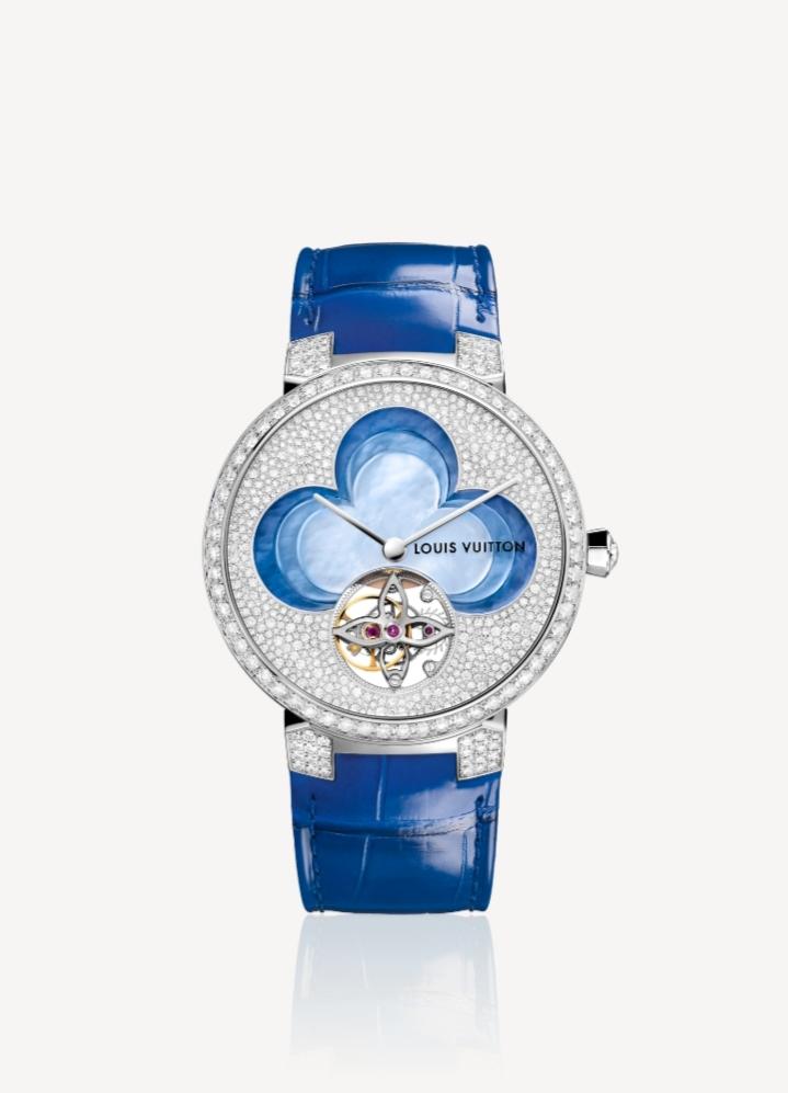 ساعة توربيون باللون الأزرق من علامة لويس فيتون Louis Vuitton