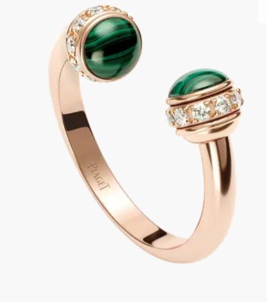 خاتم مفتوح بالألماس والملاكيت الأخضر من ماركة بياجيه «Piaget»