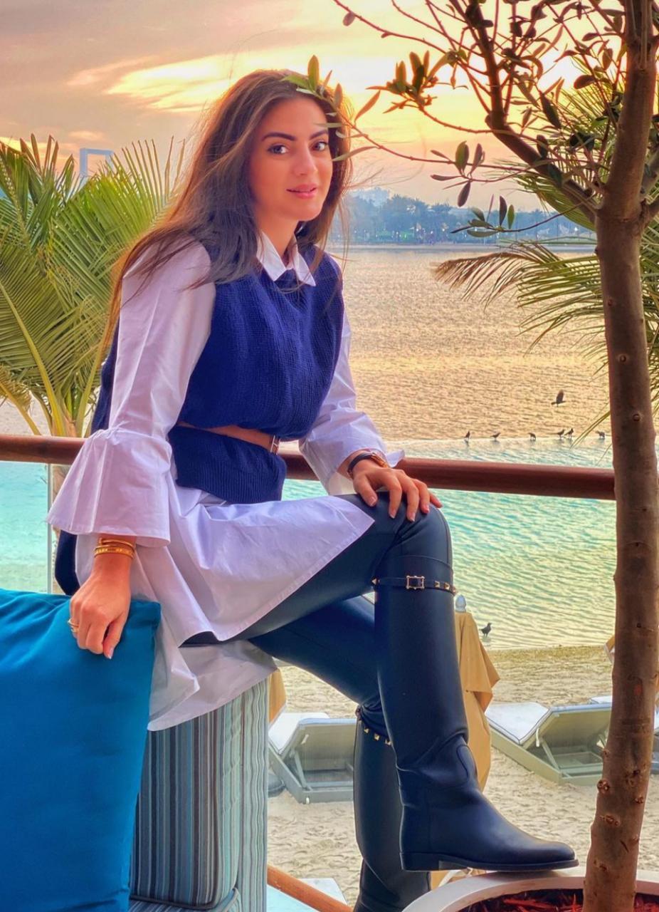 دانية شافعي بخيارات كاجوال صيفية