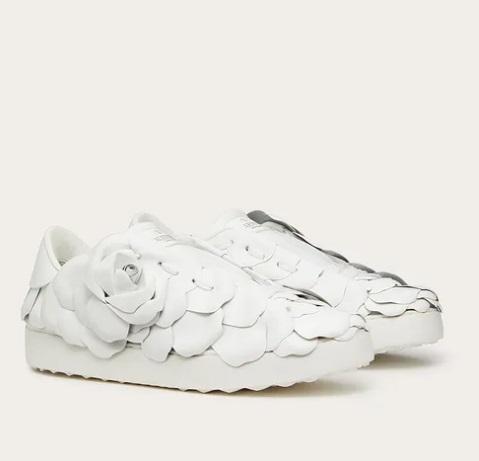 حذاء أبيض من Valentino