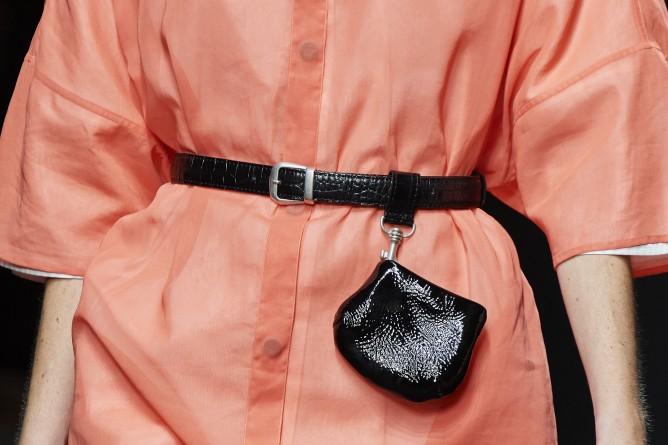الحقيبة متناهية الصغر إكسسوار للحزام في 2021