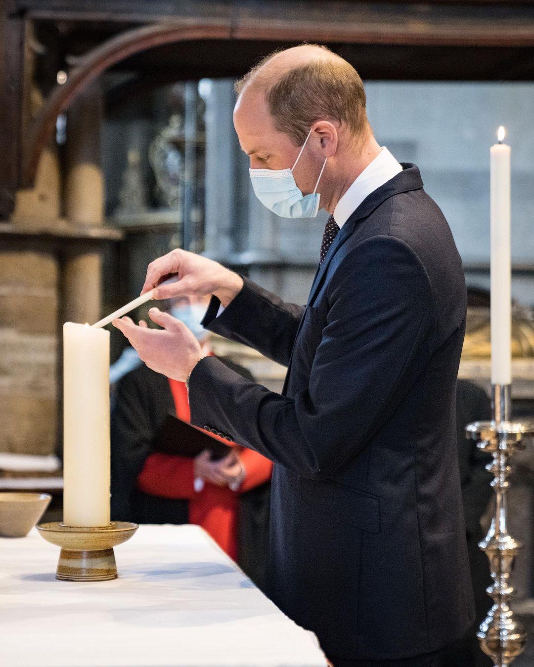 الأمير ويليام يشعل شمعة في وستمنستر آبي تكريما لذكرى ضحايا كورونا-الصورة من أنستغرام