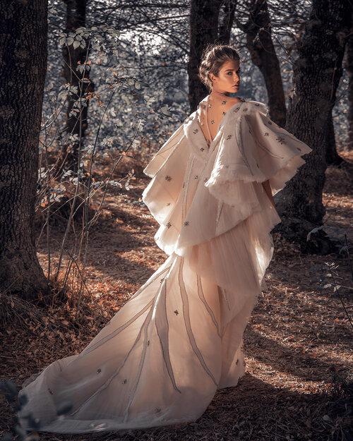 فستان تصميم زياد نكد