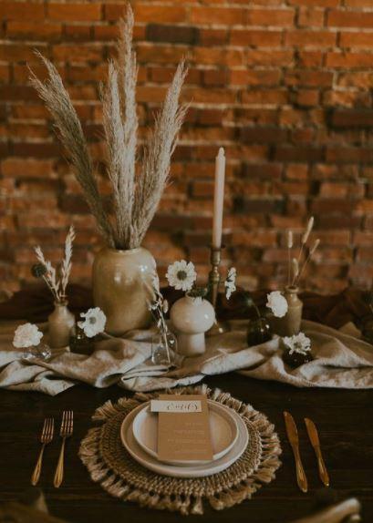 أدوات مائدة اسقبال الضيوف