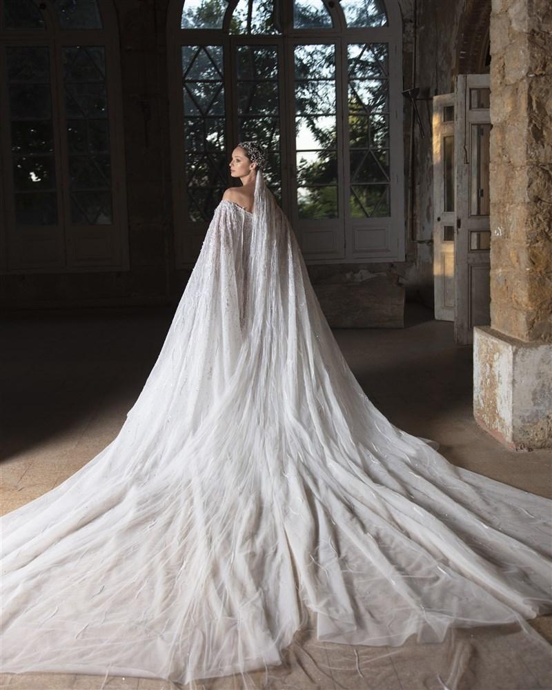 فستان زفاف تصميم رامي قاضي