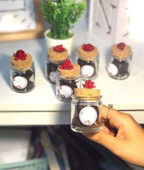 توزيعات أعراس  من علب البخور الزجاجية
