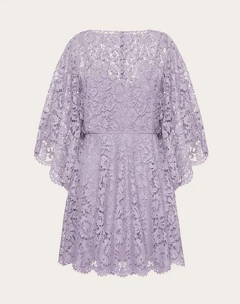 فستان من valentino فالنتينو