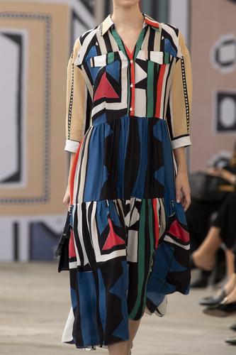 فستان واسع بأكمام متوسطة الطول من Maryling